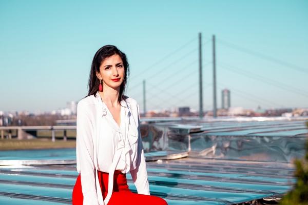 Anahita Thoms, Partnerin bei Baker McKenzie